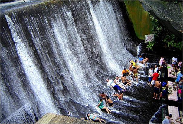 Waterfall restaurant at villa escudero philippines for Waterfall restaurant design