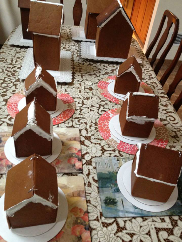 gingerbread_houses_process_2