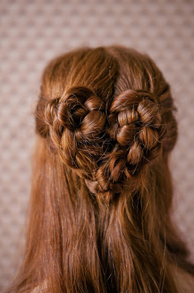 5 Totally Gorgeous Holiday Hairstyles For Little Girls