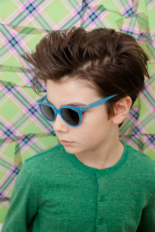 Kids Fashion Online Shopping for kids fashion is a breeze at Zando! Boasting a wide assortment of kids' clothes, from well-known local and international brands, Zando is the heart of kiddies' fashion.