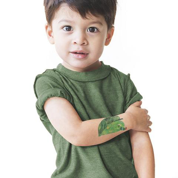 tattly_eric_carle_one_nice_green_leaf_web_applied_01_7276d816-adcd-4390-9107-4bed4750dc67_large
