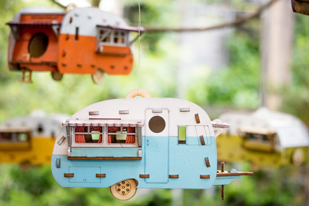 Unique Vintage Camper Bird House Scale model Playset